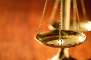 scales-of-justice-istock_000005017451medium[1]