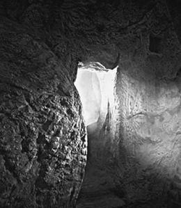 christs-empty-tomb