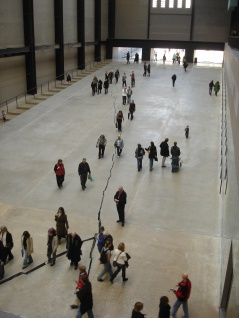 The Crack (Shibboleth): Doris Salcedo - The Tate Modern, London